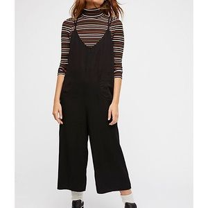 🌙 NWT Free People Wide Leg Crop Jumpsuit Size L